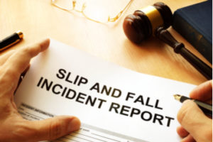 what-to-do-if-youre-injured-in-a-slip-and-fall-accident-green-law-firm